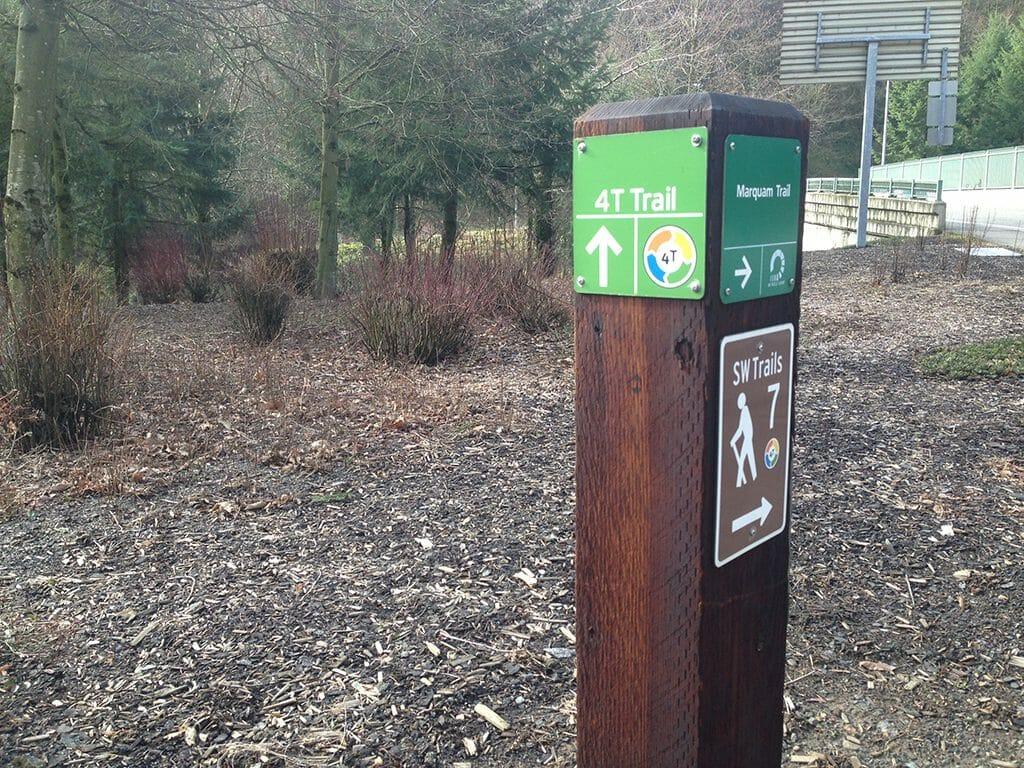 Portland 4T signpost near the zoo