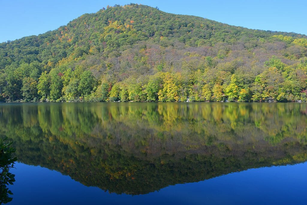 Bear Mountain reflected in Hessian Lake