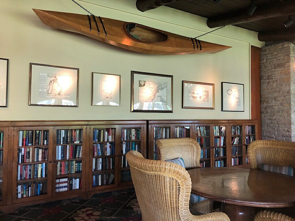 Mission Point Resort library