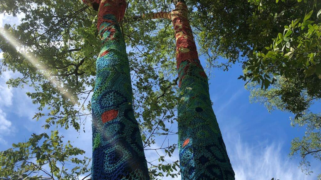 Yarn bombing Long Island Museum