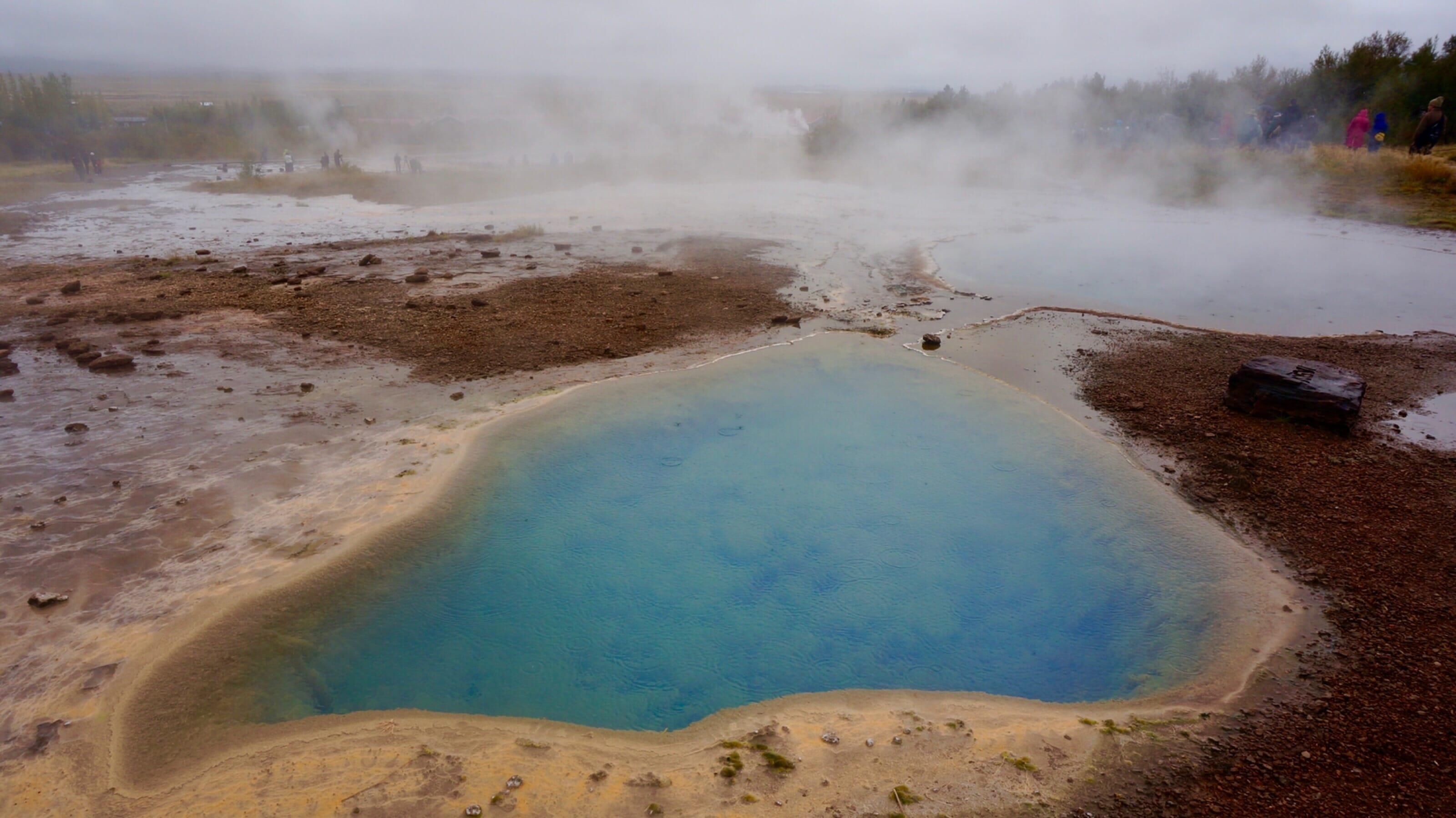 Thermal pool at Geysir