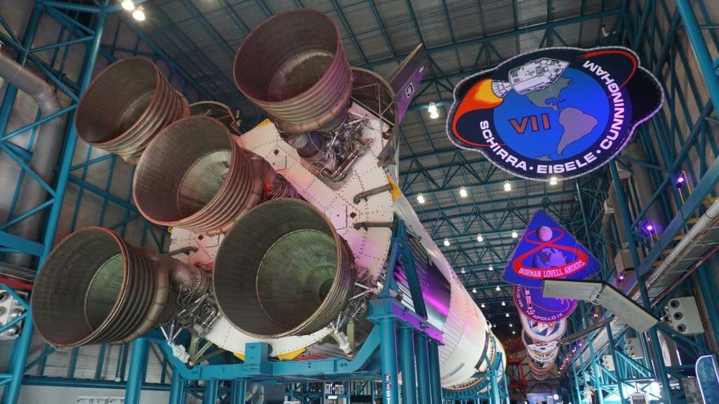Saturn V engines
